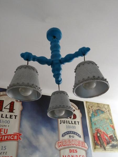 lustre vintage customisé bois bleu argent